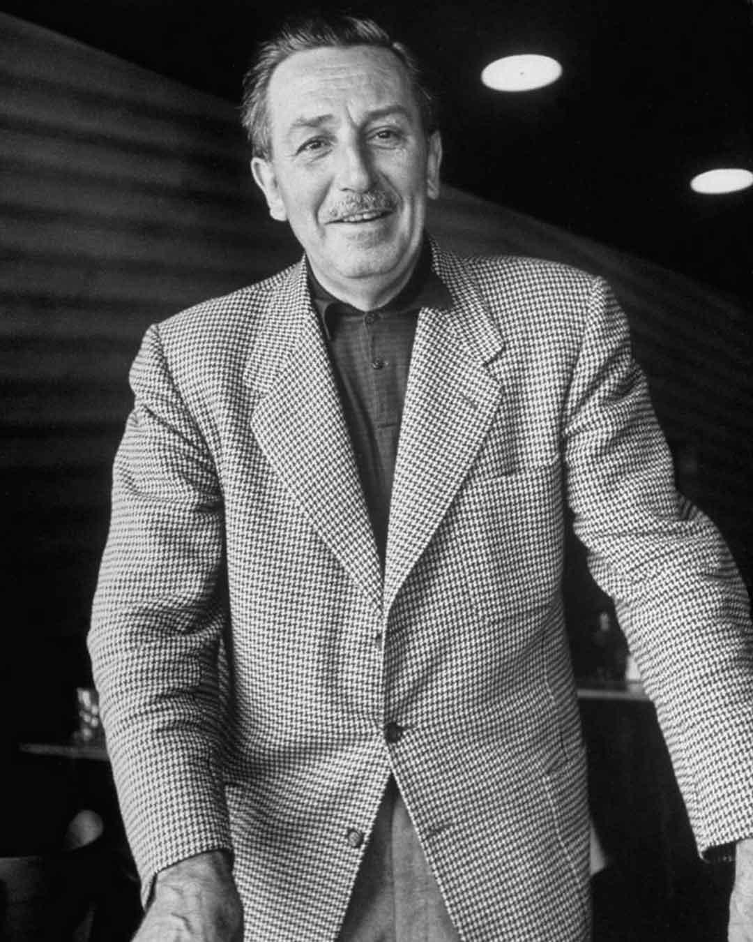 Walt Disney | DaveTavres.com