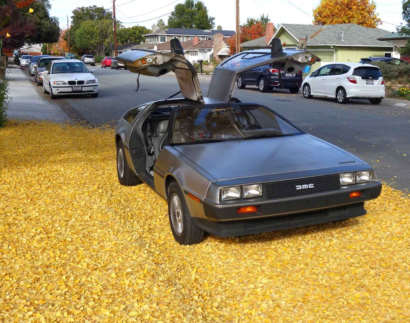 "Quora: ""What do you like the most about a DeLorean car?"""