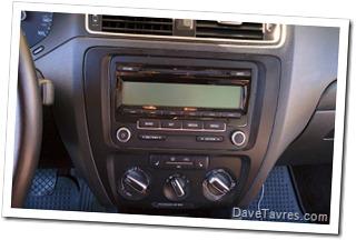 2011 VW Jetta SE 2.5 with RCD-310 radio - DaveTavres.com