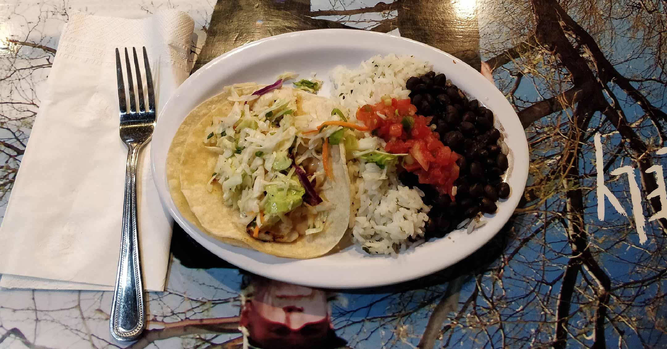 Wahoo's Fish Tacos, Las Vegas | Tavres.com